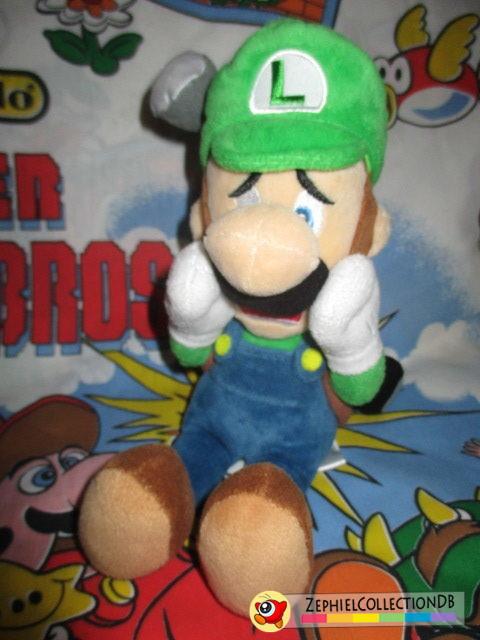 Luigi's Mansion 2 Luigi with Strobulb Plush