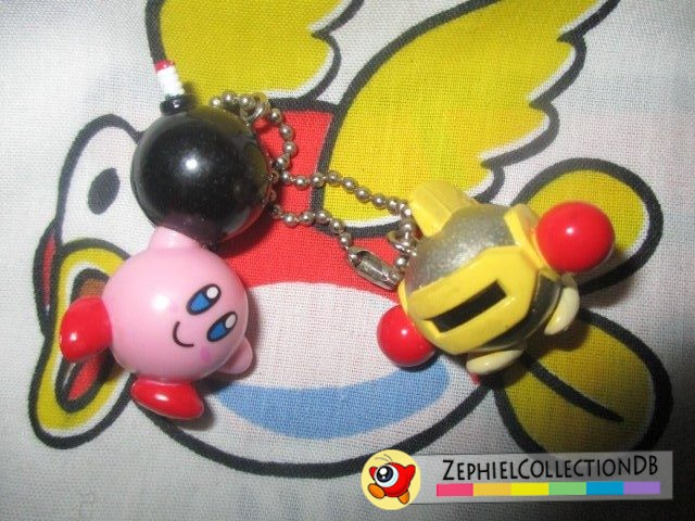 Kirby 64 Bomb Kirby and Sir Kibble Keychain