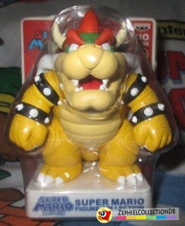 Super Mario Bowser Figure